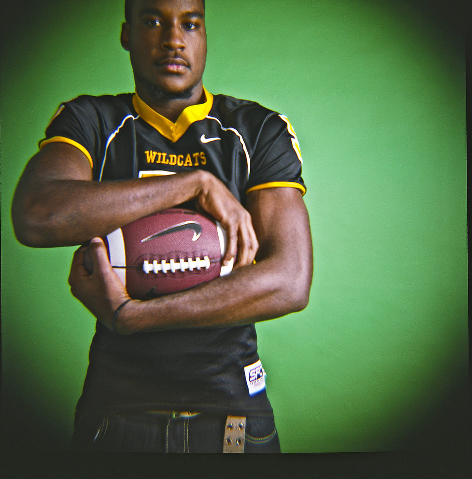 Darryl Fields of Madill High School on Monday, Dec. 14, 2009, in Oklahoma City, Okla.   Photo by Chris Landsberger, The Oklahoman