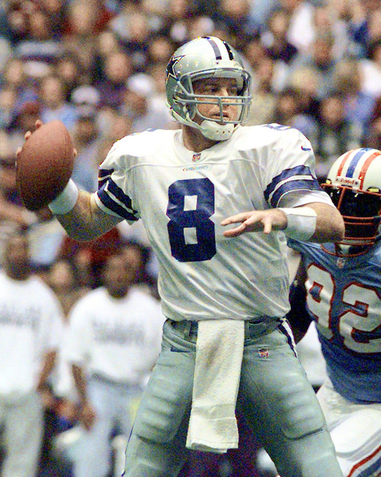 Troy Aikman led Dallas to three Super Bowl titles and is in the Pro Football Hall of Fame. AP photo