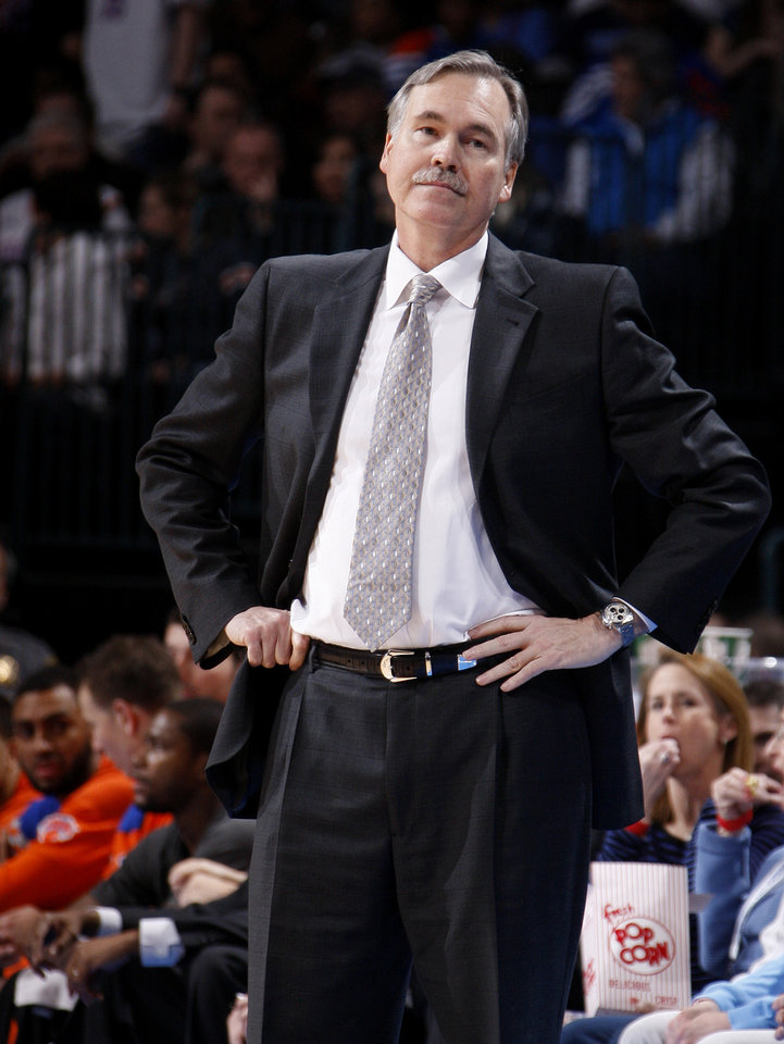 Photo - New York coach Mike D'Antoni watches during the NBA game between the Oklahoma City Thunder and the New York Knicks at Chesapeake Energy Arena in Oklahoma CIty, Saturday, Jan. 14, 2012. Photo by Bryan Terry, The Oklahoman