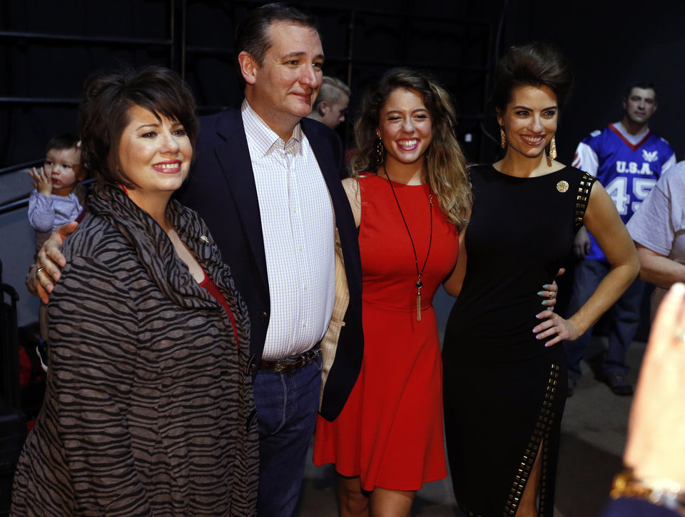 Photo - Republican presidential candidate Ted Cruz poses backstage with Cathy Costello, widow of Mark Costello former Commissioner of Labor, and Costello's daughters Caitlin Costello and Anna Marie Costello before speaking in the Chevy Bricktown Event Center at a rally on Sunday, Feb. 28, 2016 in Oklahoma City, Okla.  Photo by Steve Sisney, The Oklahoman