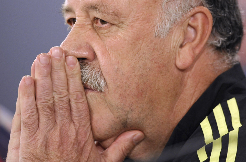 Photo - Spain's head coach Vicente del Bosque attends a press conference at the Atletico Paranaense training center in Curitiba, Brazil, Saturday, June 14, 2014. Spain will play in group B of the Brazil 2014 World Cup. (AP Photo/Manu Fernandez)
