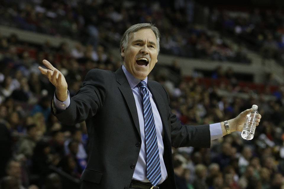 Los Angeles Lakers head coach Mike D\'Antoni gestures during the first quarter of an NBA basketball game against the Detroit Pistons at the Palace of Auburn Hills, Mich., Sunday, Feb. 3, 2013. (AP Photo/Carlos Osorio)
