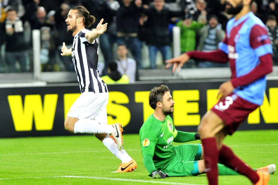 Photo - Juventus forward Pablo Osvaldo celebrates after scoring during the Europa League, Round 16th, soccer match between Juventus and Trabzonspor at the Juventus stadium, in Turin, Italy, Wednesday, Feb. 20, 2014. (AP Photo/Massimo Pinca)