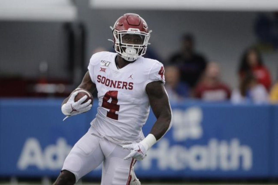 Photo -  Oklahoma running back Trey Sermon had only three carries during Saturday's 48-41 loss at Kansas State. Sermon and fellow back Kennedy Brooks combined for just six carries and 11 yards rushing. [AP Photo/Charlie Riedel]