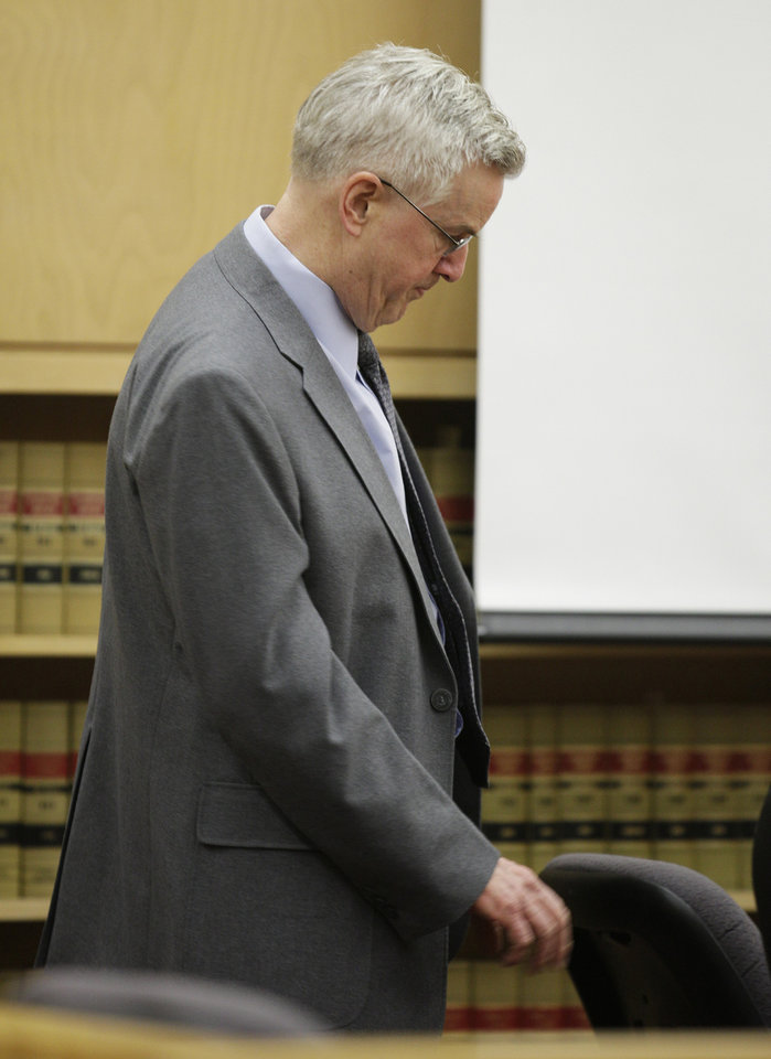 Photo -   Steve Powell pauses during the day of final arguments in his voyeurism trial, Tuesday, May 15, 2012, in Tacoma, Wash. The trial was sent to the jury Tuesday without a verdict, and deliberations will resume on Wednesday. Powell is the father-in-law of missing Utah mother Susan Powell. (AP Photo/Ted S. Warren)