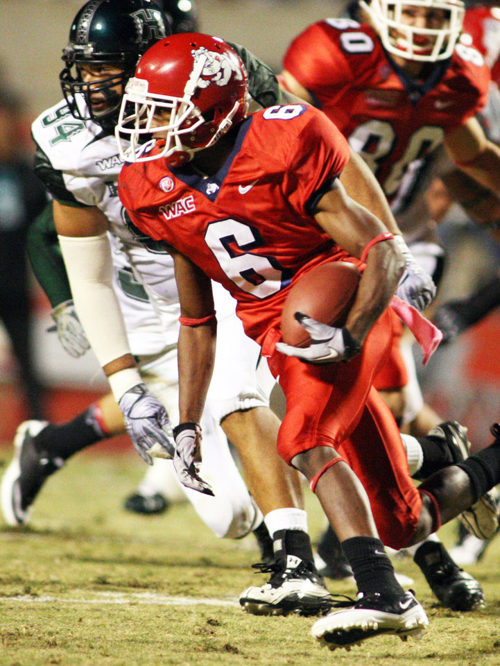 Former Fresno State receiver Jalen Saunders has officially transferred to Oklahoma. AP Photo