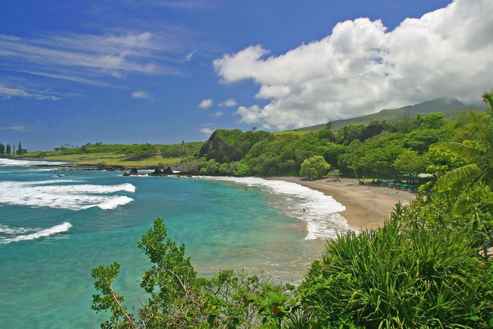 Hamoa Beach in Maui, Hawaii, is shown in the photo provided by the Maui Visitors Bureau. (AP PHOTO)