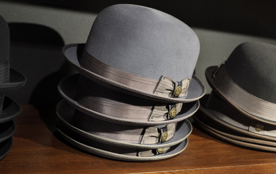 A new old-school men\'s hat shop has opened in Uptown Minneapolis, just as the trend has hit its stride. The heritage menswear movement has pushed hats back on to guys\' heads. Baseball caps have given way to Fedoras, Gatsbys and Bowlers. (Tom Wallace/Minneapolis Star Tribune/MCT)