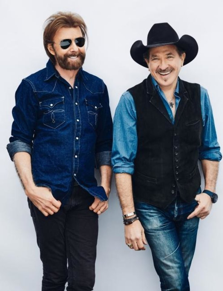 Photo -  Brooks & Dunn [Miller Mobley photo]