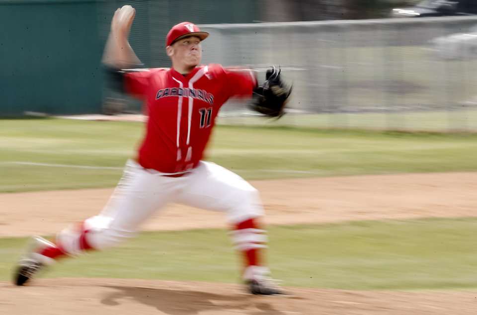 Photo - Verdigris pitcher Mitch Hammack (11) throws a pitch during the 3A baseball semifinal game between Verdigris and Spiro on Friday, May 10, 2013, in Edmond, Okla.Photo by Chris Landsberger, The Oklahoman