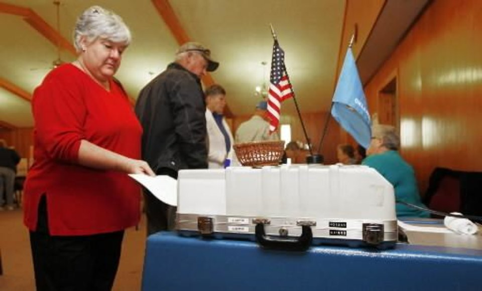 Glenna Burrell votes at Woodcrest Baptist Church in Guthrie, November 2 , 2010. Photo by Steve Gooch
