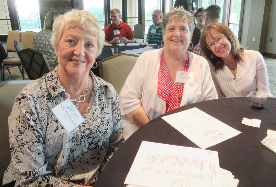 Photo - Polly Worthington, Donna Smith, Susan Gertson. PHOTO BY JOAN BRYANT