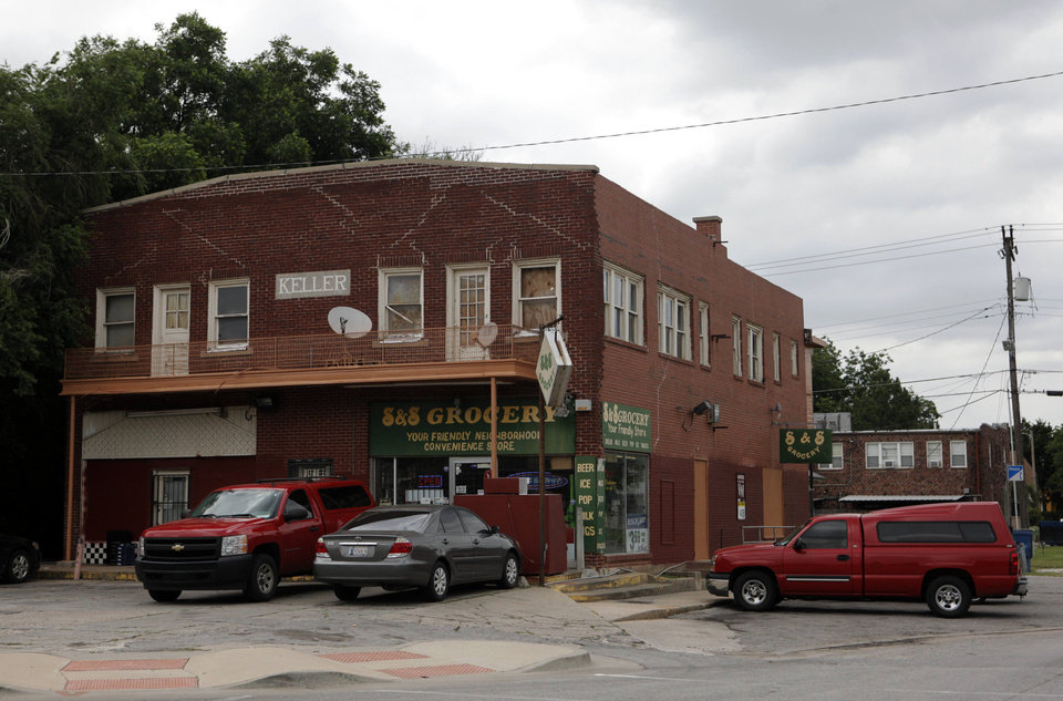 Photo -  S&S Grocery has been a local fixture for over 30 years in the Will Rogers Court neighborhood at 2301 NW 16th St.