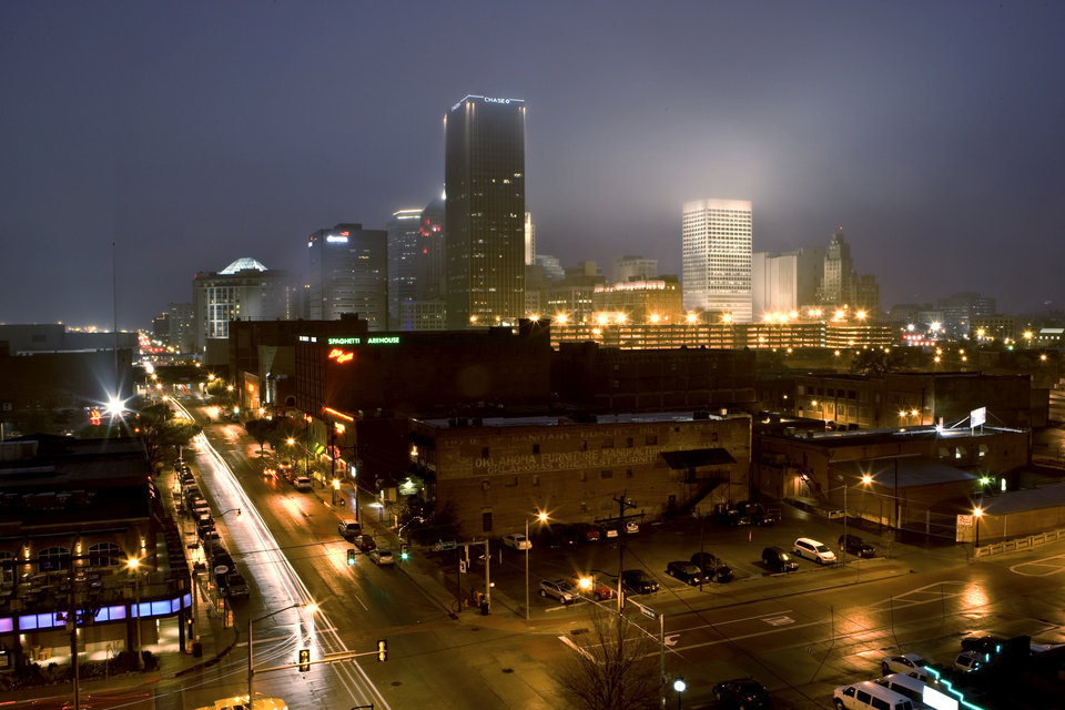 NIGHT TIME / SKYLINE, OVERVIEW: The streets of Bricktown and downtown Oklahoma City for OUTLOOK Wed., April 2, 2008. BY BRYAN TERRY, THE OKLAHOMAN  ORG XMIT: KOD