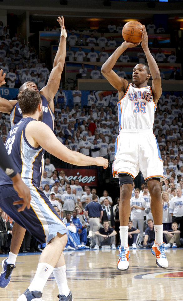 Photo - Oklahoma City's Kevin Durant (35) shoots the ball during game five of the Western Conference semifinals between the Memphis Grizzlies and the Oklahoma City Thunder in the NBA basketball playoffs at Oklahoma City Arena in Oklahoma City, Wednesday, May 11, 2011. Photo by Bryan Terry, The Oklahoman