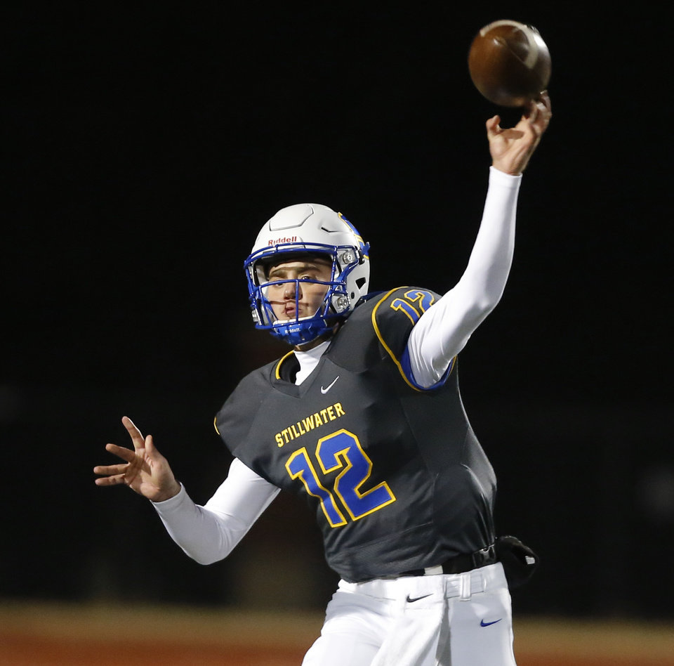 Photo - Stillwater's Gunnar Gundy throws a pass during the Class 6A-II football semifinal game between Choctaw and Stillwater at Yukon High School in Yukon, Okla., Friday, Nov. 22, 2019. [Bryan Terry/The Oklahoman]