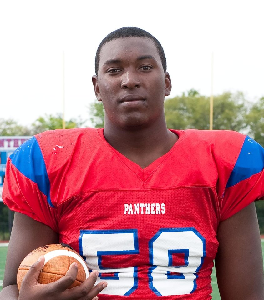 Photo - OU, UNIVERSITY OF OKLAHOMA FOOTBALL SIGNEE:   High school player,  Eric Humphrey   DT 6-4 273   Dallas   ORG XMIT: 1002032207528385