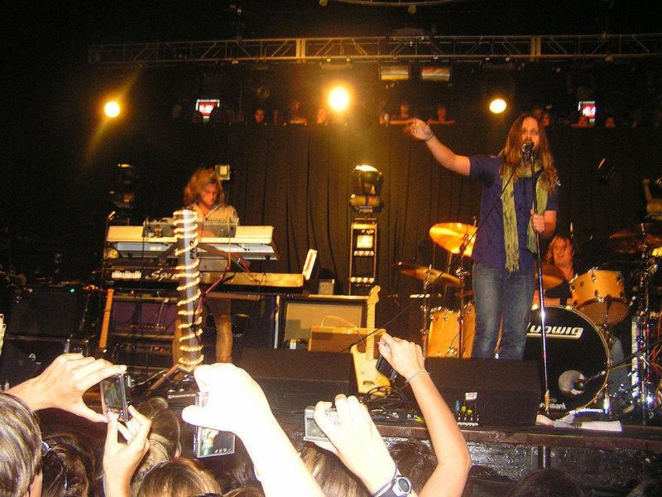 Carolina Liar in concert in October 2008. WIKIPEDIA PHOTO <strong></strong>