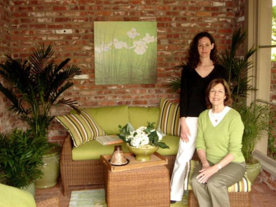Christy White and Carol McPheeters, owners of Wilshire Garden Market in Oklahoma City. PHOTO PROVIDED