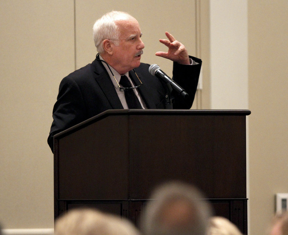 Academy Award winning actor Richard Dreyfuss speaks during the Oklahoma Outreach Foundation\'s