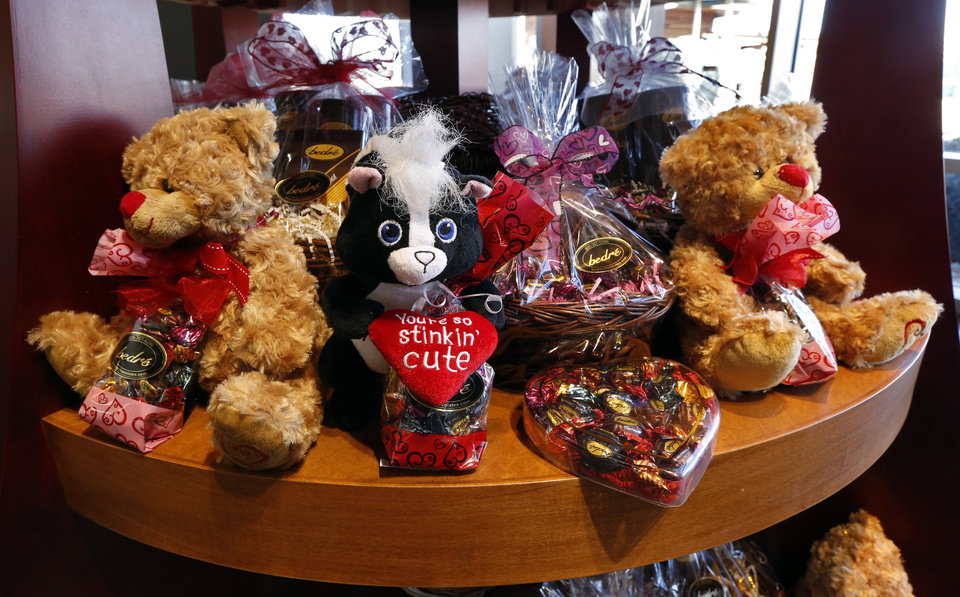 Photo - A gift shop displays confections at Bedre Fine Chocolate on Friday, Feb. 6, 2015 in Davis, Okla.  Photo by Steve Sisney, The Oklahoman