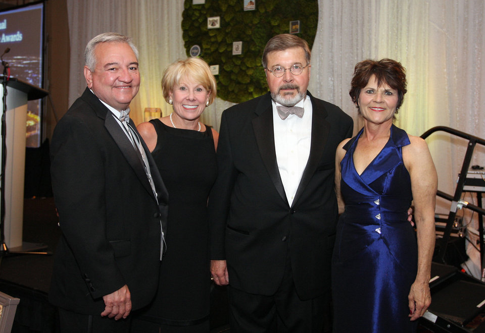 Photo - Patrick and Linda Alexander, Cathy O'Connor, Jeanette and Dick Sias.