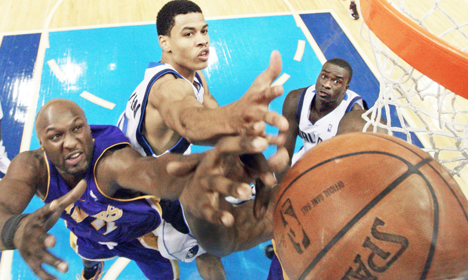 Gerald Green, center, who played for Dallas last season, has played for four different coaches in his first four seasons in the NBA.  (Photo by Louis DeLuca, The Dallas Morning News)