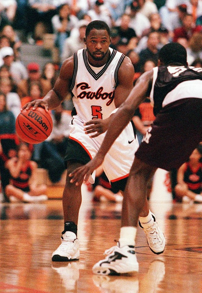 Photo - 1997 OSU vs Texas A&M basketball: R.W. McQuarters makes his first appearance this year.