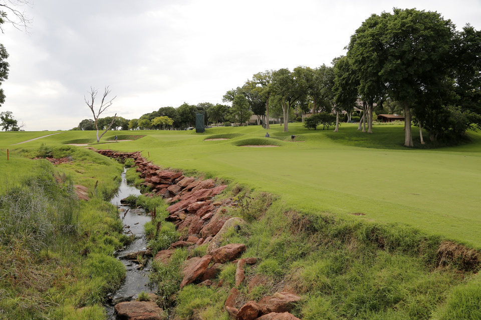 Photo - Fairway leading to the 7th green. Oak Tree National golf course in Edmond, site of the 2014 U.S. Senior Open,Tuesday, July 1, 2014. Photo by Doug Hoke, The Oklahoman