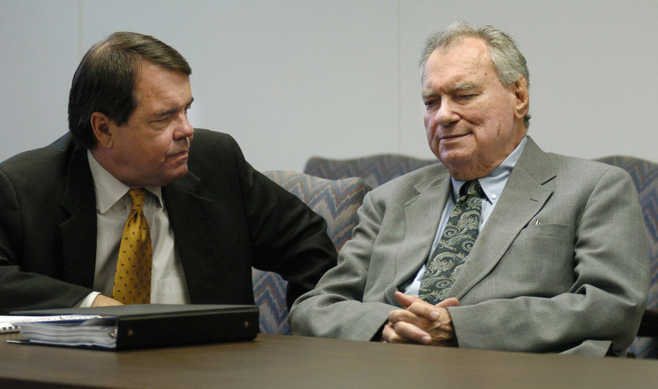 Photo - OKLAHOMA CITY, OK. FORMER STATE SEN.:  Former State Senator Gene Stipe  (right) appears before Judge Leamon Freeman at a hearing of the Oklahoma Public Employees Retirement System.  With Stipe is his lawyer Michael Burrage.  Staff Photo by Steve Sisney