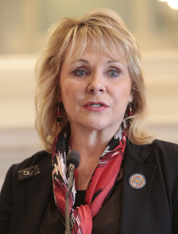 Gov. Mary Fallin <strong>David McDaniel - THE OKLAHOMAN</strong>