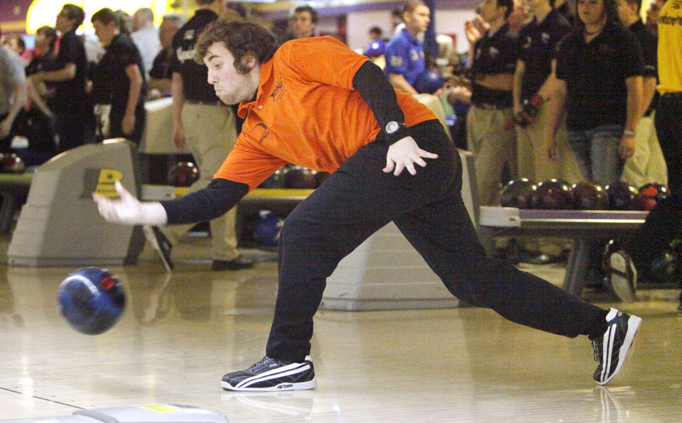 Norman's John Cocks bowls for his team during the 2011-2012 State High School Bowling Championships at the Heritage Lanes Bowling Center in Oklahoma City, OK, Saturday, Feb. 25, 2012. By Paul Hellstern, The Oklahoman