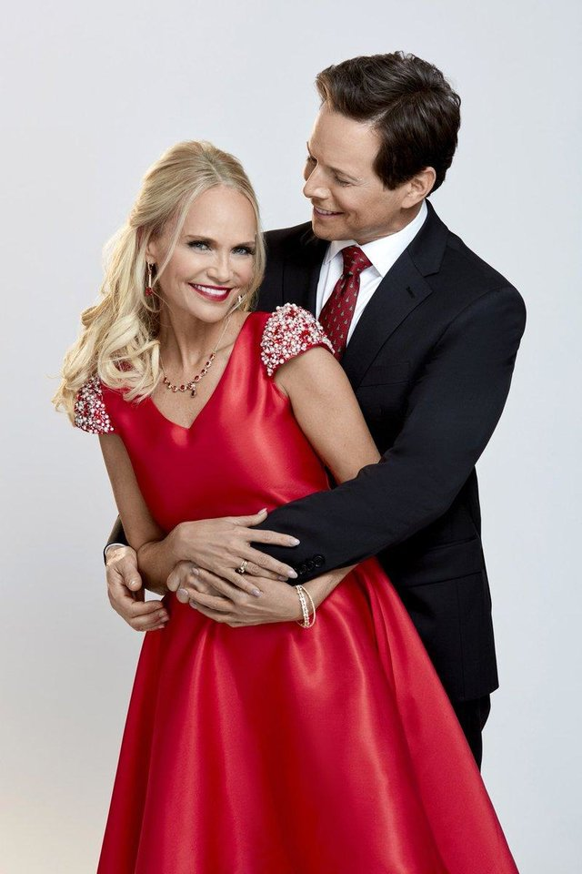 Photo - Kristin Chenoweth and Scott Wolf star in the Hallmark holiday movie