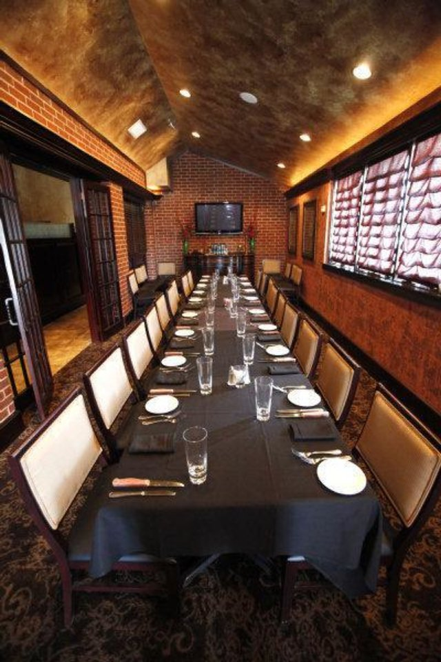 RESTAURANT: Opus Prime Steakhouse in Oklahoma City, Oklahoma , Thursday, June 3, 2011. Photo by Steve Gooch ORG XMIT: KOD <strong>Steve Gooch - THE OKLAHOMAN</strong>