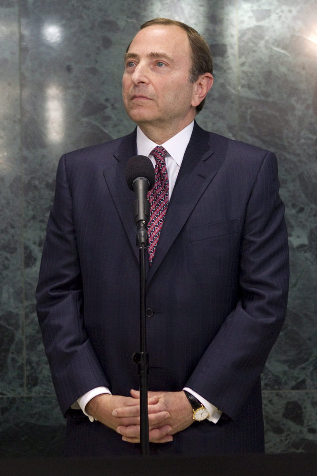 Photo -   NHL commissioner Gary Bettman speaks to reporters following collective bargaining talks in Toronto on Tuesday, Oct. 16, 2012. (AP Photo/The Canadian Press, Chris Young)