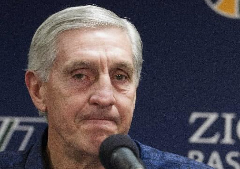 A teary-eyed Jerry Sloan said farewell to the NBA on Thursday.