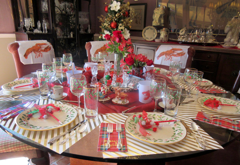 Photo - The table is set for lobster lunch. PHOTO BY HELEN FORD WALLACE, THE OKLAHOMAN