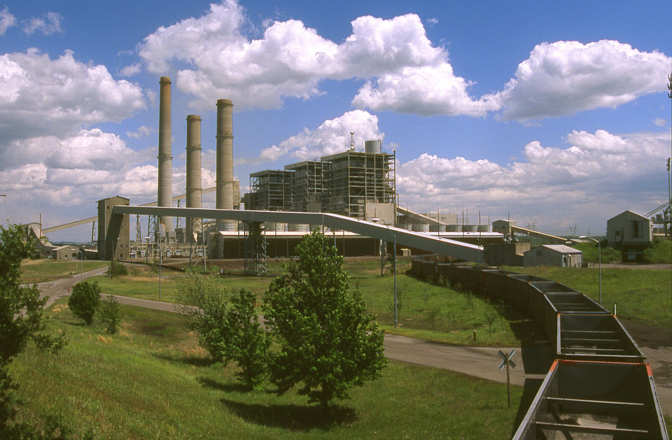 Oklahoma Gas and Electric Co.\'s Muskogee coal plant is shown in this photo from 2007. The Sierra Club said Thursday that a new analysis shows sulfur dioxide emissions from Muskogee and the Sooner plant near Red Rock may run afoul of new federal standards about to be implemented. PROVIDED - Provided