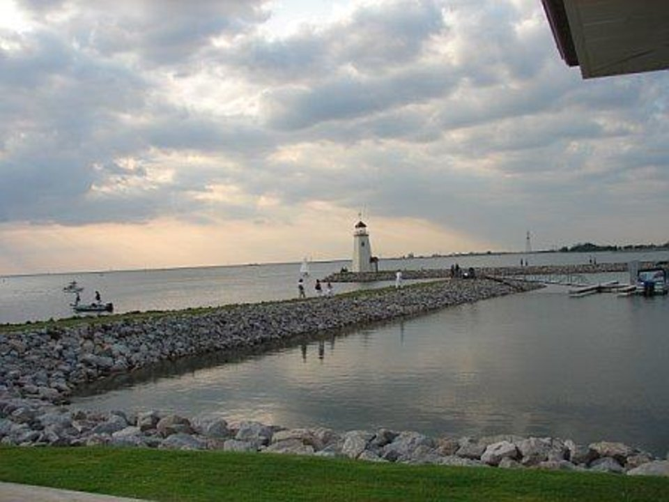 "My Dad and I love photography---we wanted to capture the ""Z"" pattern of the pretty walkway leading to the Lake Hefner Lighthouse--May 2006.<br/><b>Community Photo By:</b> Victoria Jimenez<br/><b>Submitted By:</b> Victoria, Harrah"