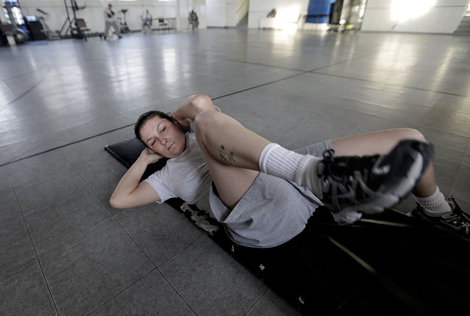 : Suzanna Olivas works out in the gymnasium at Eddie Warrior Correctional Center Dec. 1, 2010. MIKE SIMONS/Tulsa World