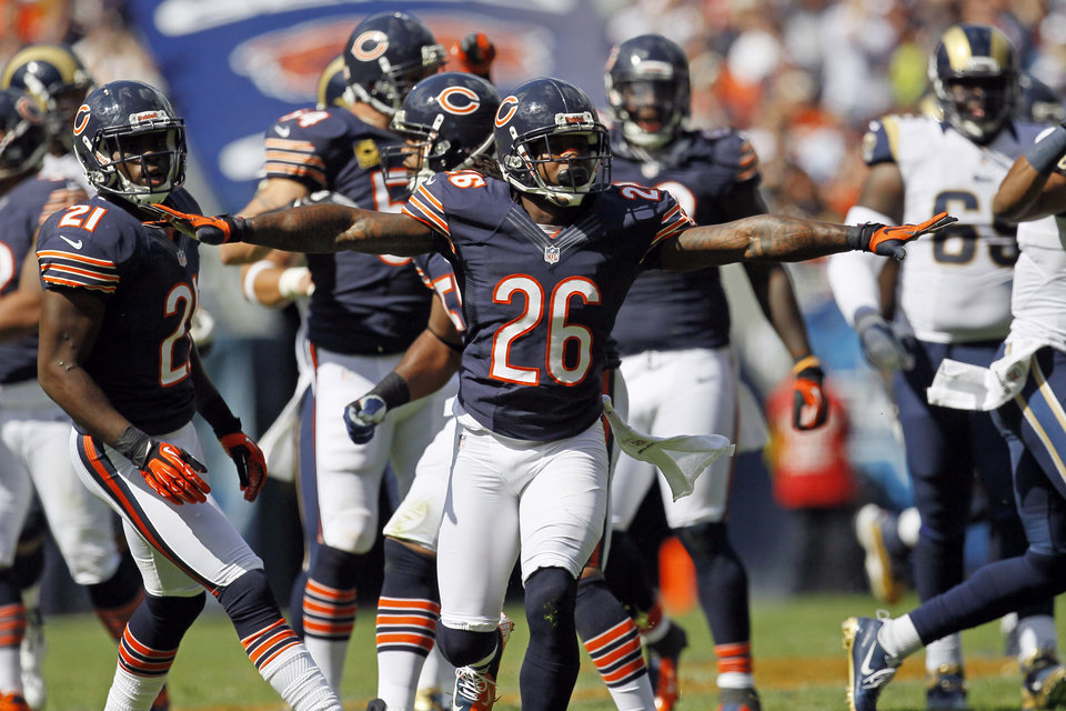 Photo -   Chicago Bears cornerback Tim Jennings (26) reacts after breaking up a pass against the St. Louis Rams in the second half of an NFL football game in Chicago, Sunday, Sept. 23, 2012. The Bears won 23-6. (AP Photo/Charles Rex Arbogast)