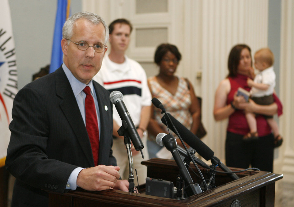 Photo - Oklahoma Governor Brad Henry speaks during a press conference about the Seed for Oklahoma Kids program, at the State capitol Building in Oklahoma City, OK, Tuesday, June 3, 2008. BY PAUL HELLSTERN, THE OKLAHOMAN ORG XMIT: KOD