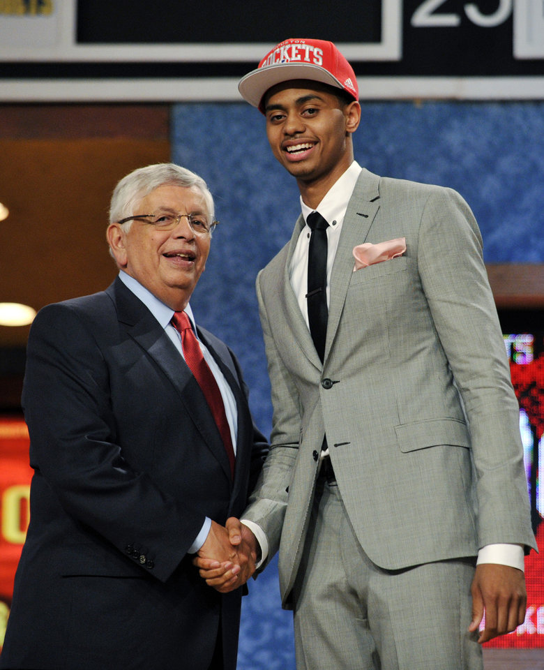 NBA Commissioner David Stern, left, poses with Jeremy Lamb, of Connecticut, the No. 12 overall draft pick by the Houston Rockets in the NBA basketball draft, Thursday, June, 28, 2012, in Newark, N.J. (AP Photo/Bill Kostroun) ORG XMIT: NJME129