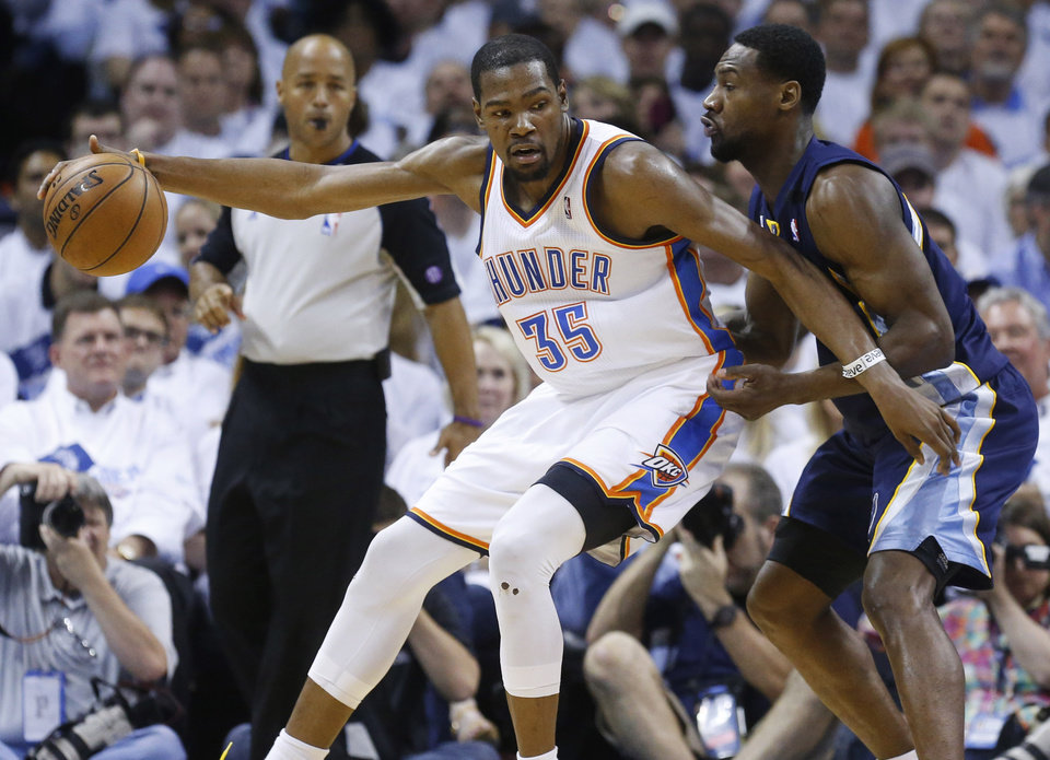 Oklahoma City Thunder forward Kevin Durant (35) drives against Memphis Grizzlies guard Tony Allen (9) during the first half of Game 5 of an NBA basketball playoffs Western Conference semifinal, in Oklahoma City, Wednesday, May 15, 2013. (AP Photo/Sue Ogrocki)