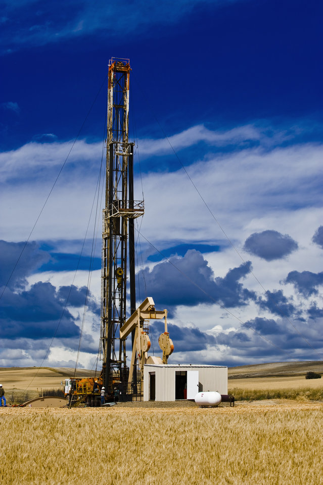 A study by Oklahoma City University shows that Oklahoma�s oil and gas industry created more than 12,000 direct jobs from 2009 to 2011, with more than 83,000 people working in the sector at the end of 2011.