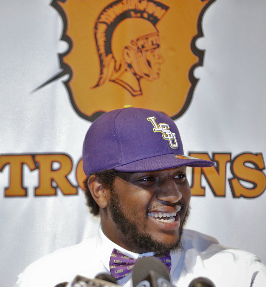 Photo - Douglass defensive end Deondre Clark has signed to play at LSU. Clark was also considering OU, Arizona State, and Ole Miss.  Photo by Chris Landsberger, The Oklahoman
