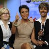Photo -   This image released by ABC shows host Robin Roberts, center, with her sister Sally-Ann Roberts, right and ABC News' Diane Sawyer on