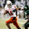 Quarterback Zac Robinson scores during first half action in the college football game between Oklahoma State University and Baylor University at Floyd Casey Stadium in Waco, Texas, Saturday, Nov. 17, 2007. BY STEVE SISNEY, THE OKLAHOMAN