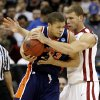 Photo - UNIVERSITY OF OKLAHOMA / COLLEGE BASKETBALL: OU's Blake Griffin defends against Morgan State's Kevin Thompson during a first round game of the men's NCAA tournament between Oklahoma and Morgan State in Kansas City, Mo., Thursday, March 19, 2009.  PHOTO BY BRYAN TERRY, THE OKLAHOMAN ORG XMIT: KOD