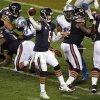 Photo -   Chicago Bears quarterback Jay Cutler (6) throws a pass against the Detroit Lions in the second half of an NFL football game in Chicago, Monday, Oct. 22, 2012. (AP Photo/Kiichiro Sato)